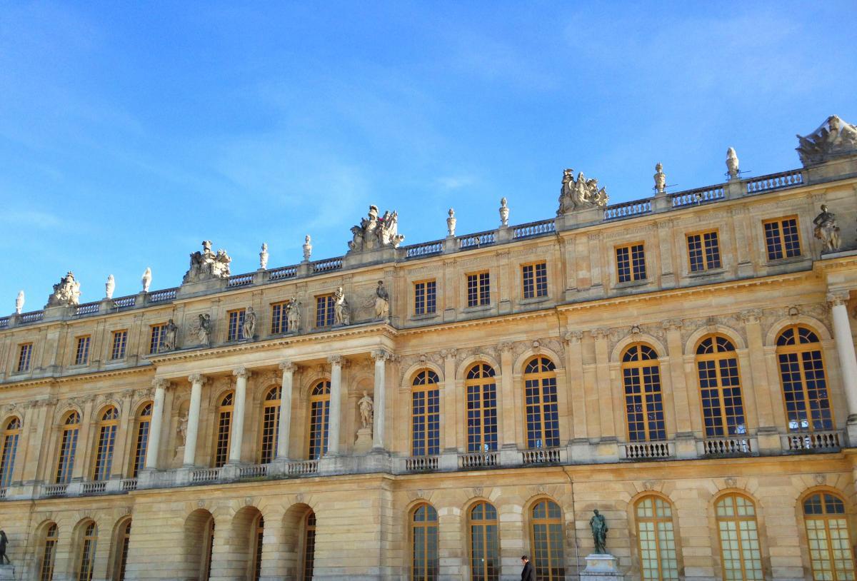 Paris  Edit 110