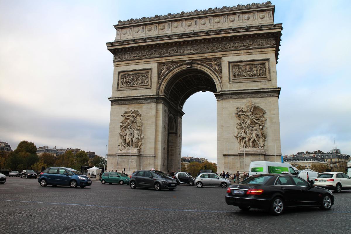 Paris Edit 8