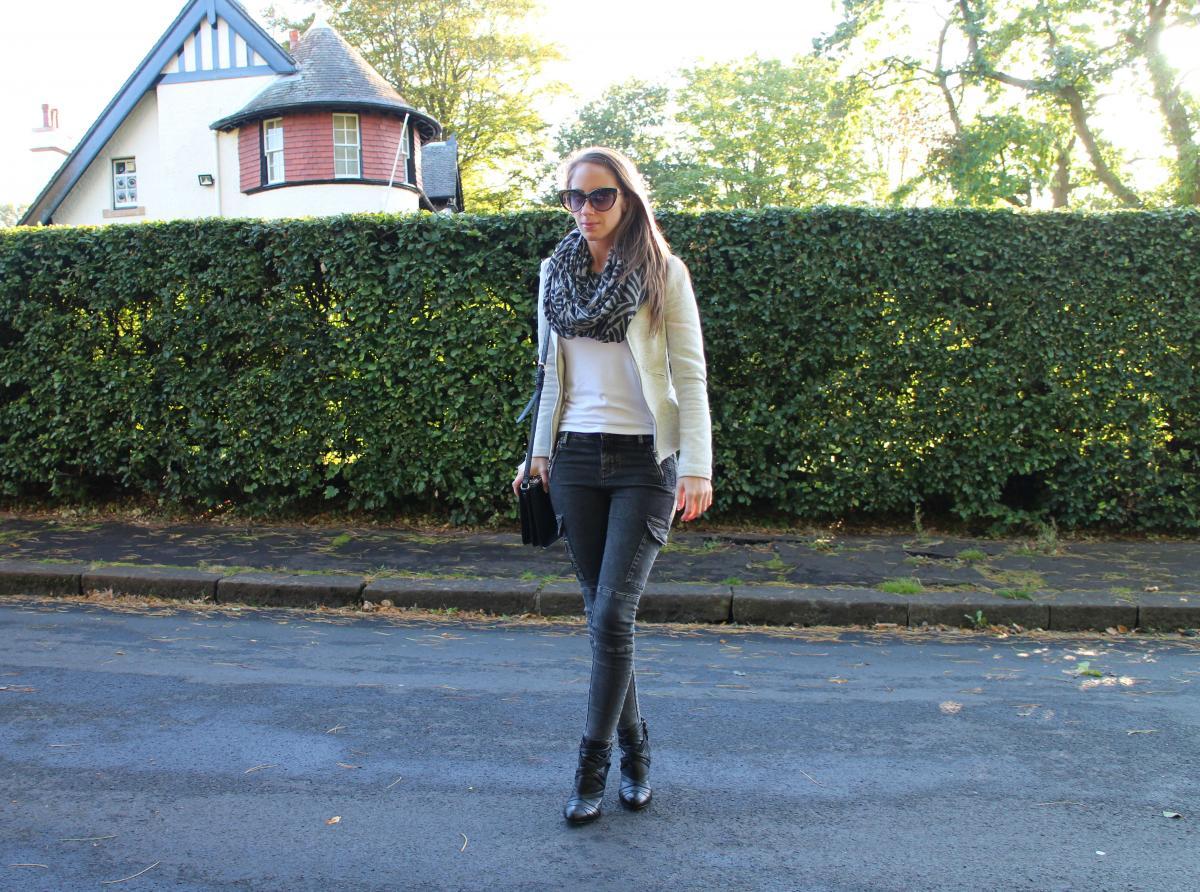 Grey Cargo Jeans 2