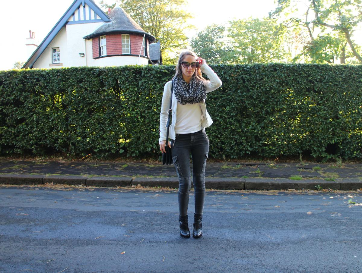 Grey Cargo Jeans 26