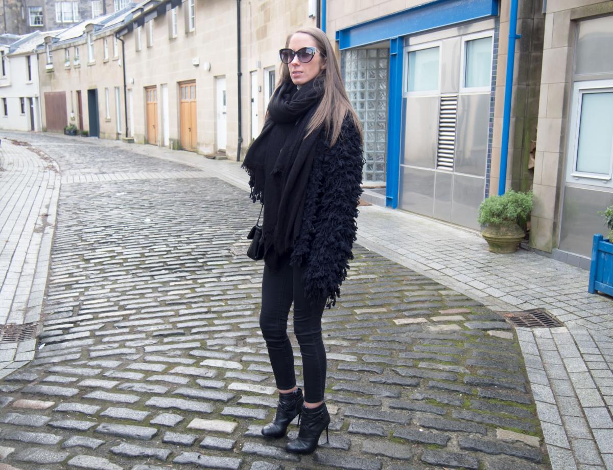 Zara-Black-Cosy-Jacket---ASOS-Bodysuit-12