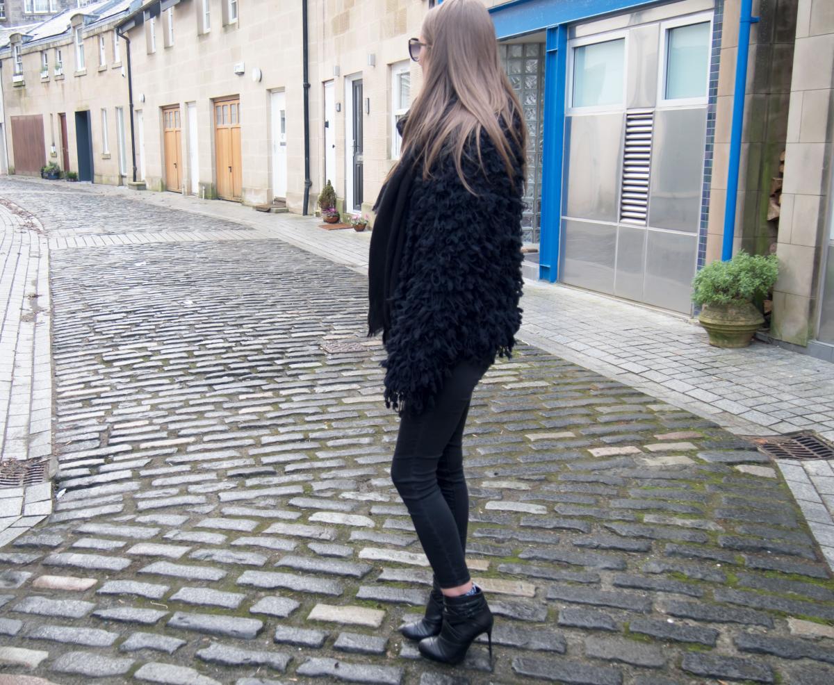 Zara-Black-Cosy-Jacket---ASOS-Bodysuit-13