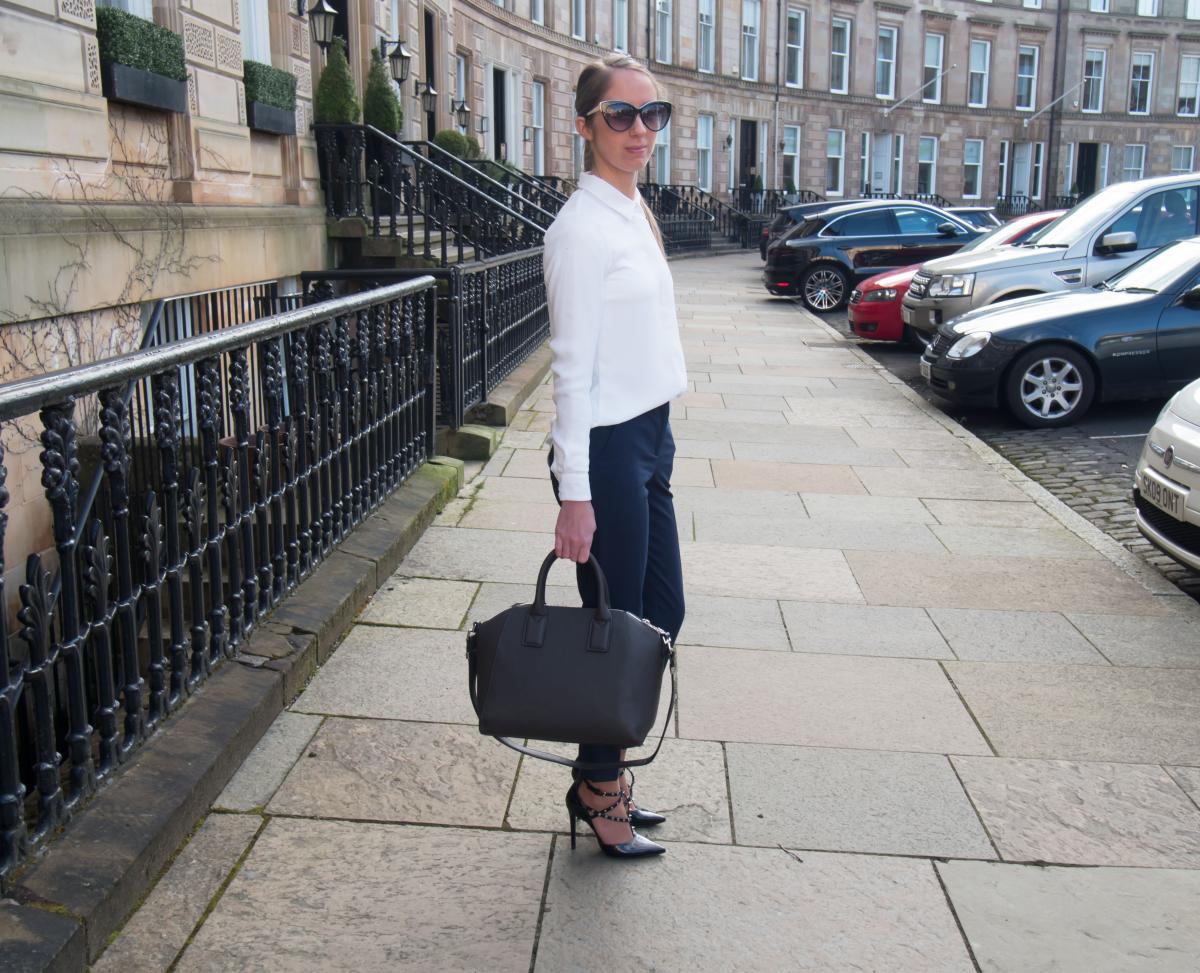 Petite-Paulina---Workwear-Outfit-43