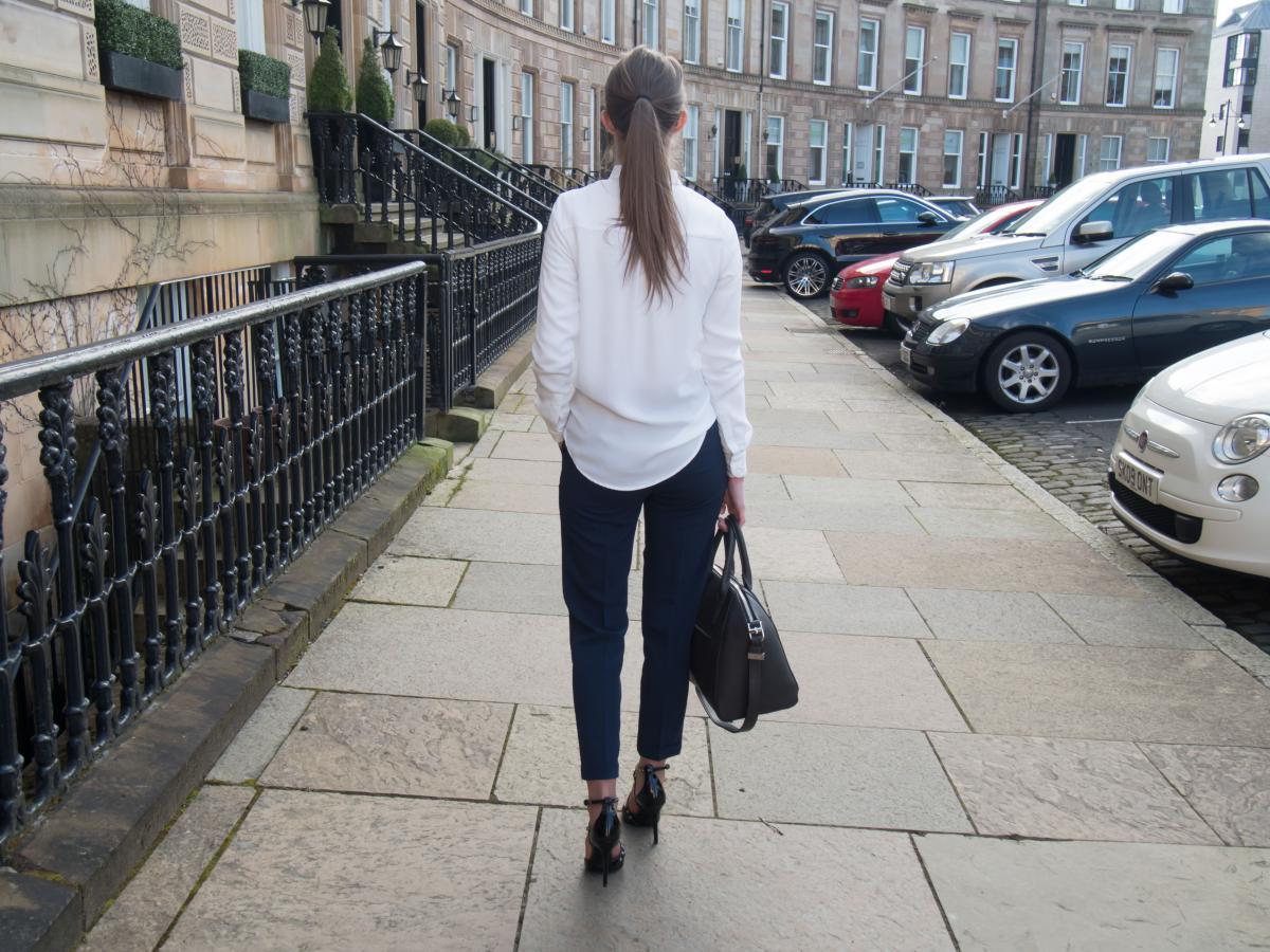 Petite-Paulina---Workwear-Outfit-44