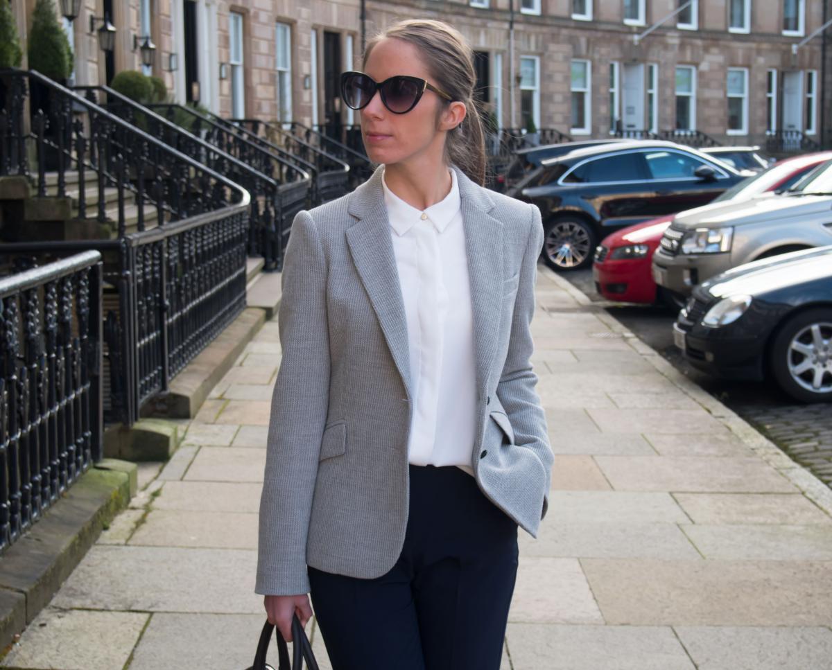 Petite-Paulina---Workwear-Outfit-57