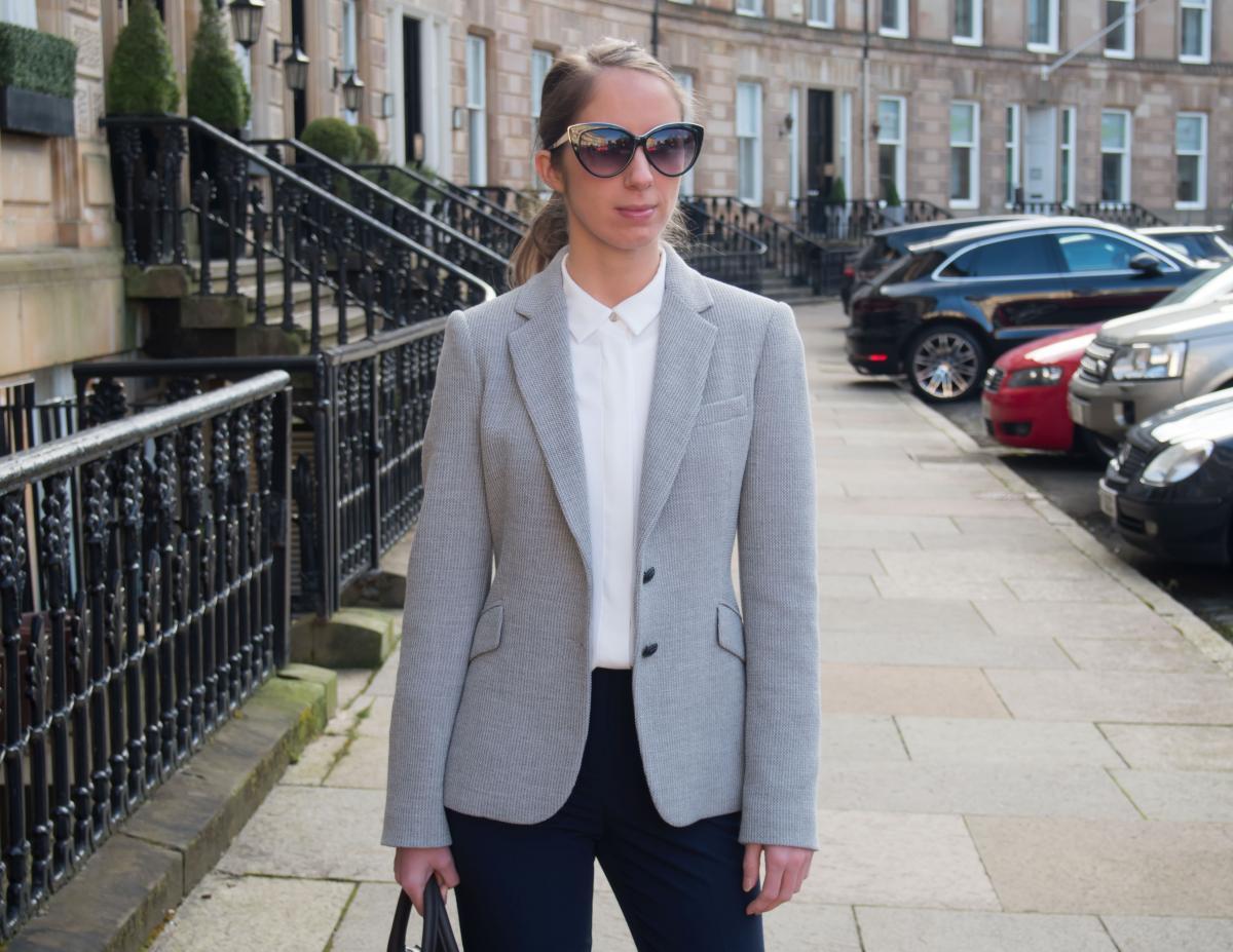 Petite-Paulina---Workwear-Outfit-59