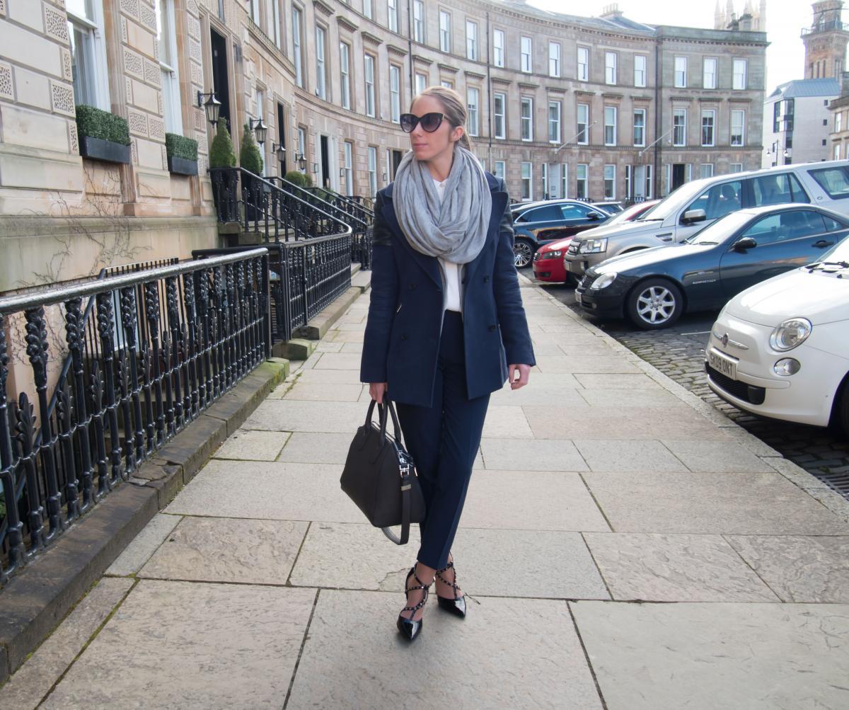 Petite-Paulina---Workwear-Outfit-80