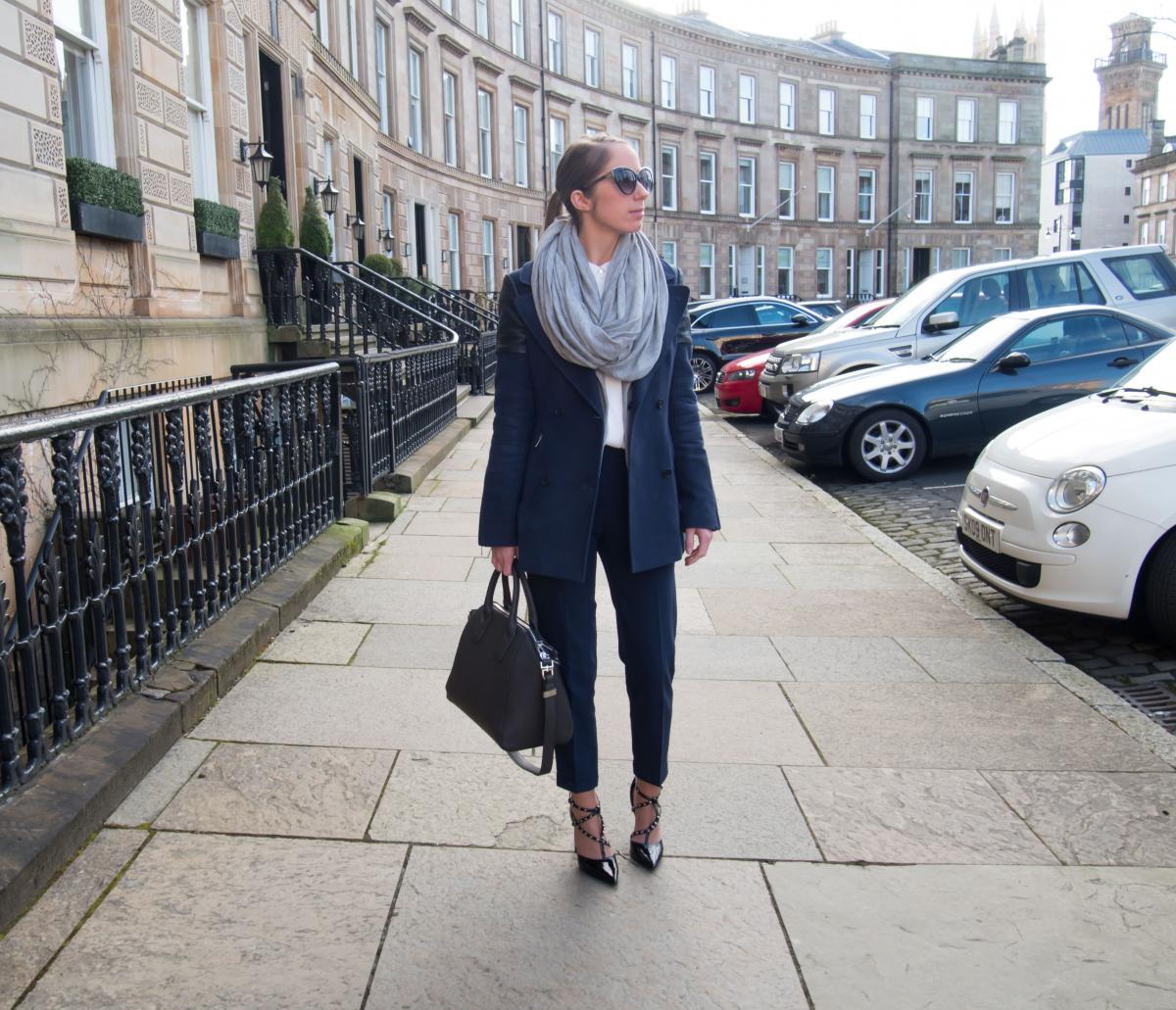 Petite-Paulina---Workwear-Outfit-82