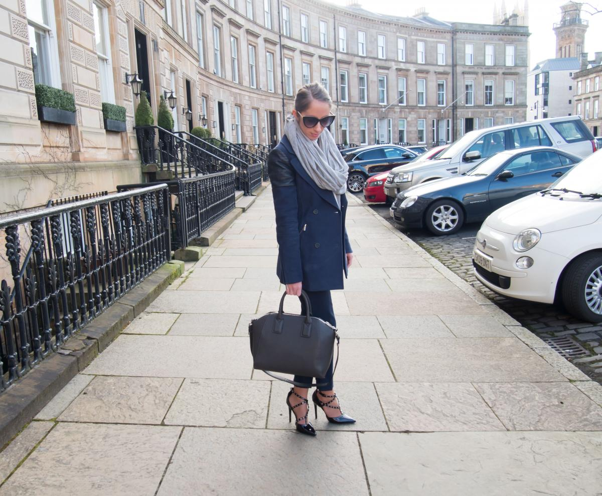 Petite-Paulina---Workwear-Outfit-83