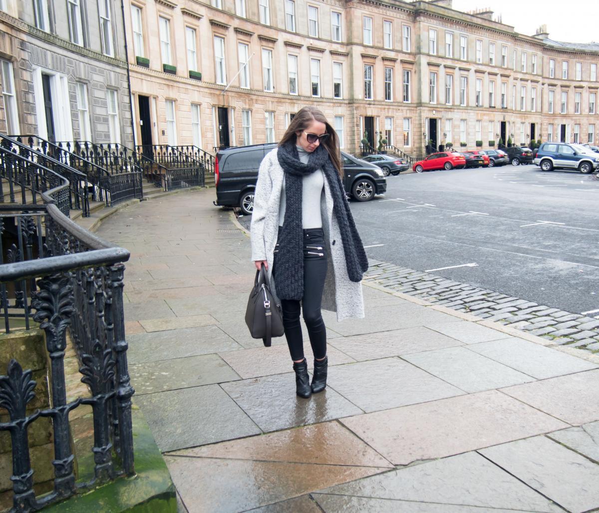 Zara-Grey-Oversized-Coat---Petite-Paulina-28