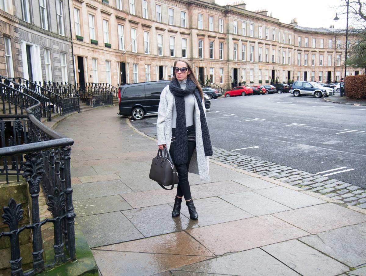 Zara-Grey-Oversized-Coat---Petite-Paulina-29