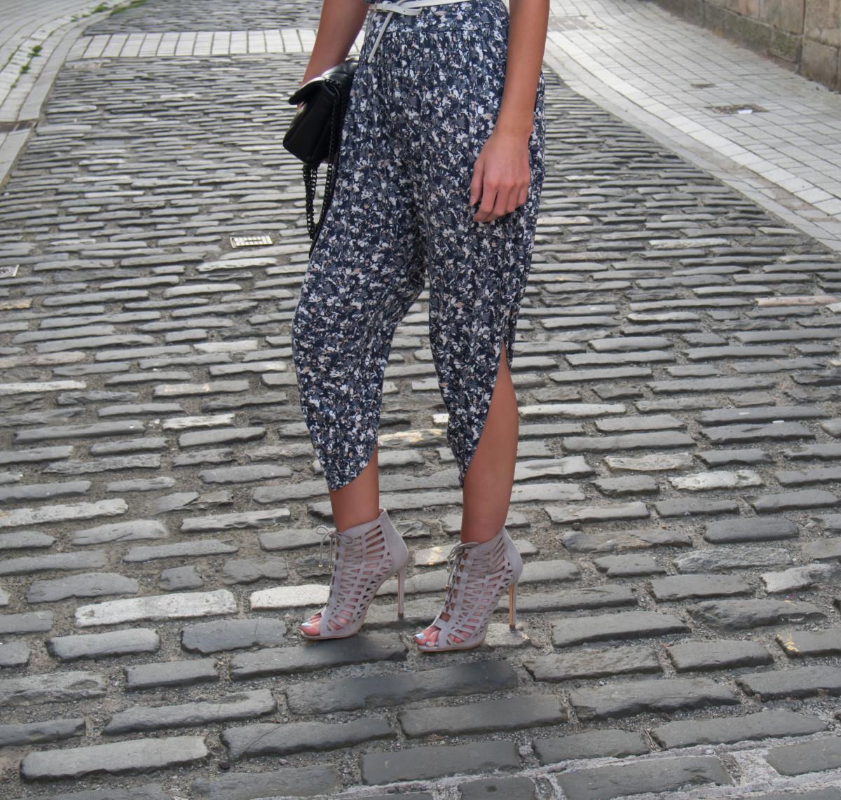 Petite-Paulina---FCUK-Floozy-Trousers-11