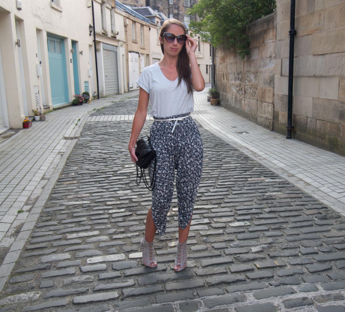 Petite-Paulina---FCUK-Floozy-Trousers-3