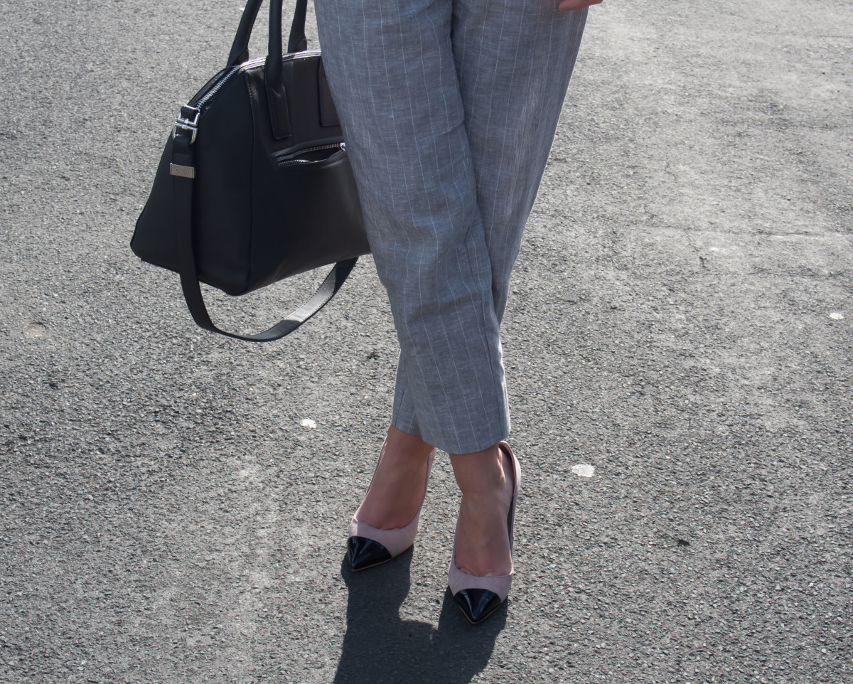 Petite-Paulina---Topshop-High-Waist-Trousers---Workwear-3