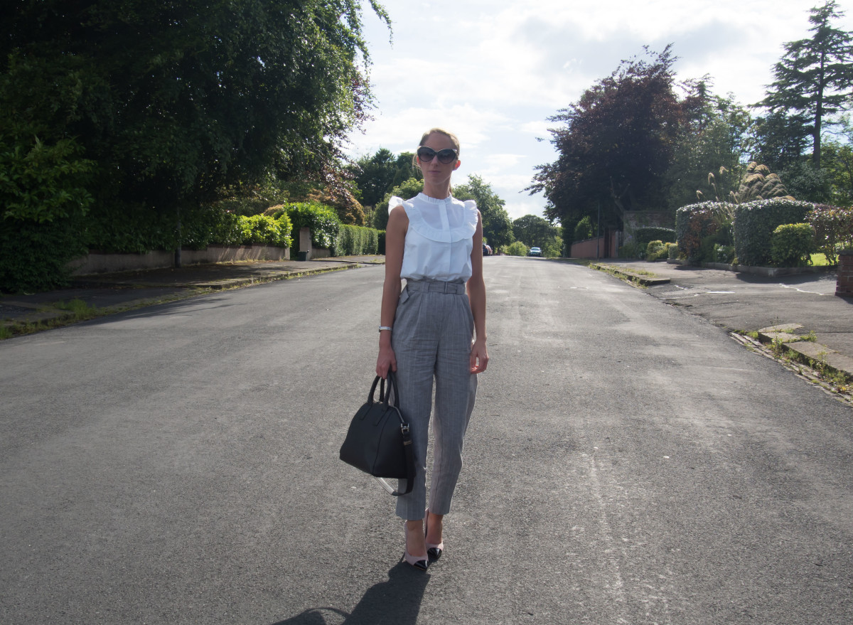 Petite-Paulina---Topshop-High-Waist-Trousers---Workwear-39