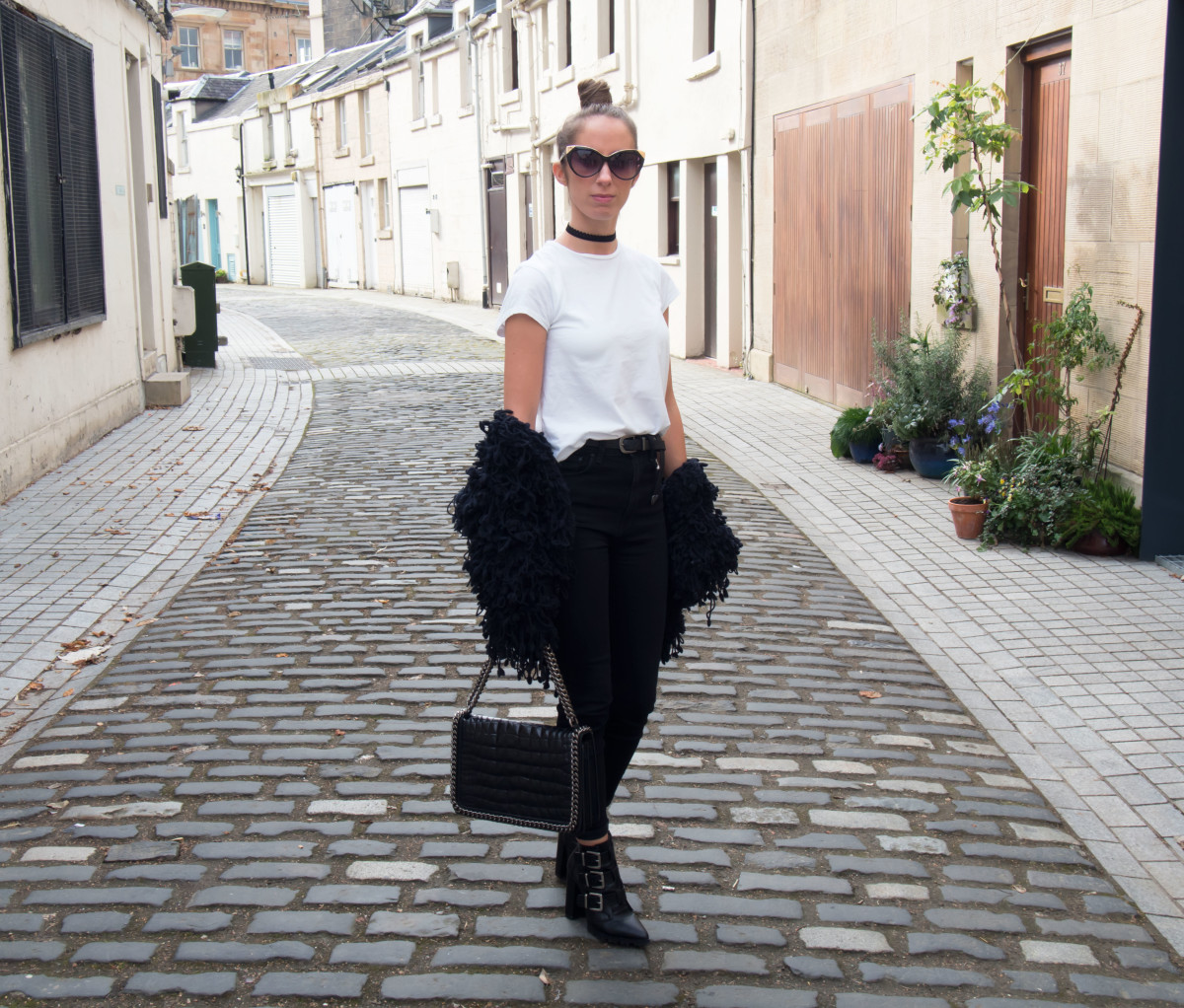 Petite-Paulina---Black-&-White-Chic-12