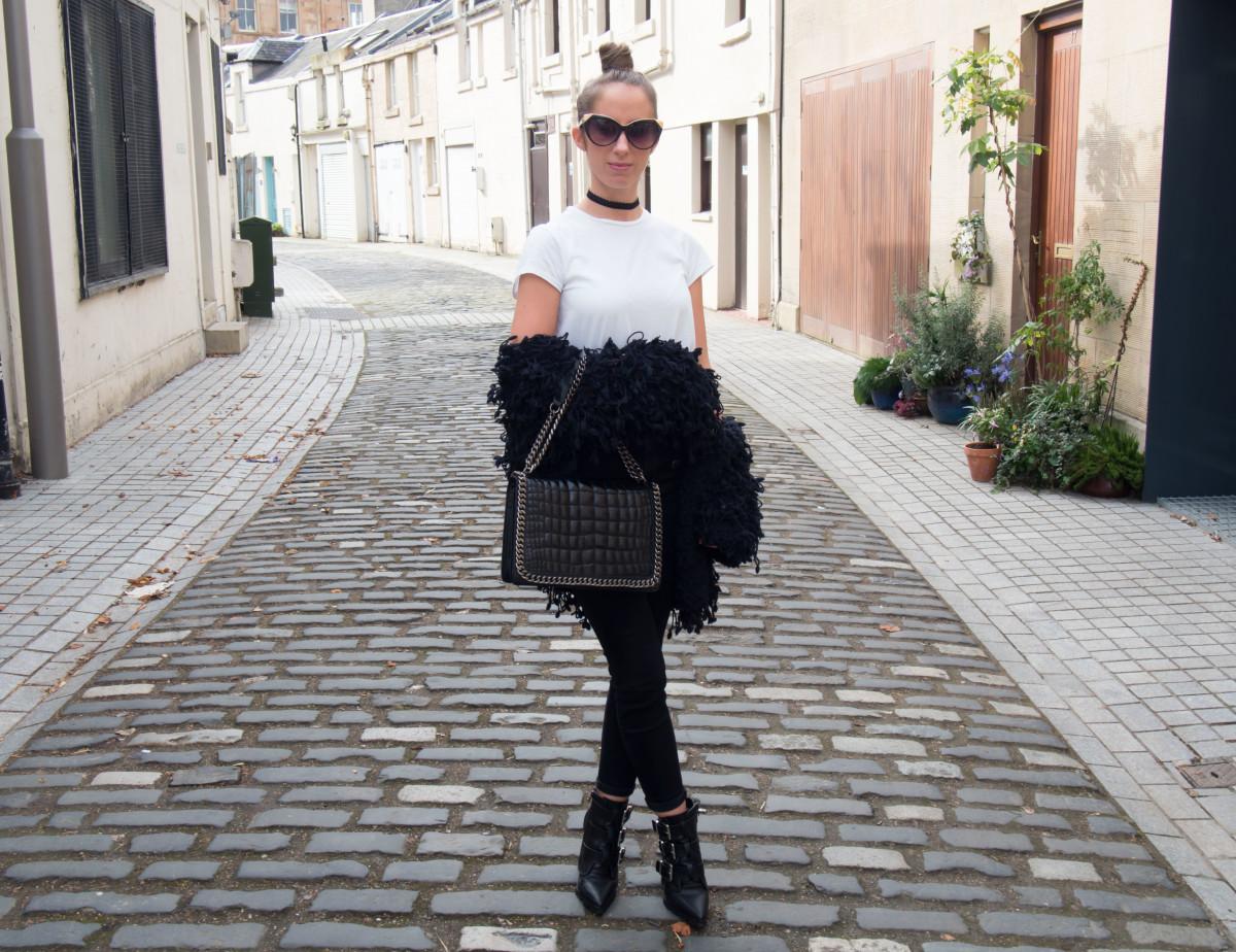 Petite-Paulina---Black-&-White-Chic-8
