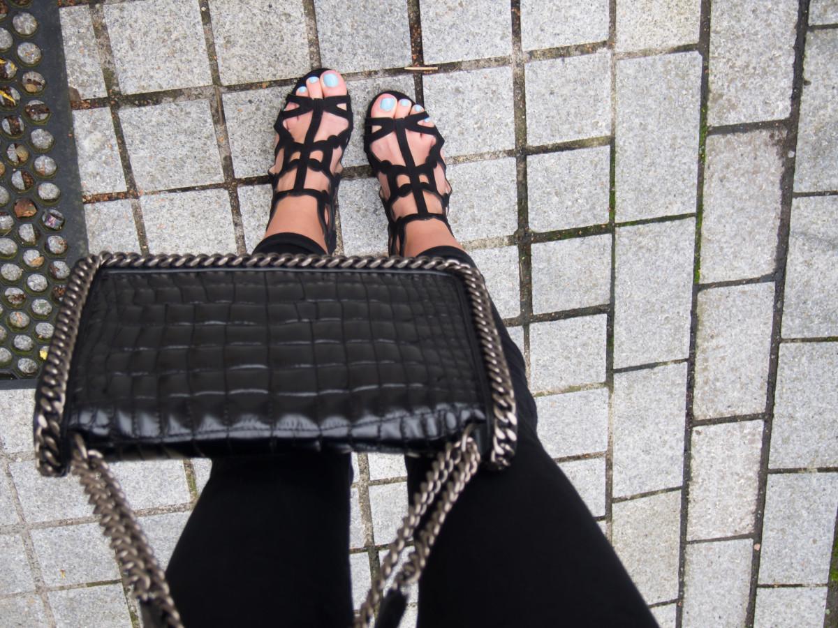 Petite-Paulina---Knot-Top---Mango-Shoes-1