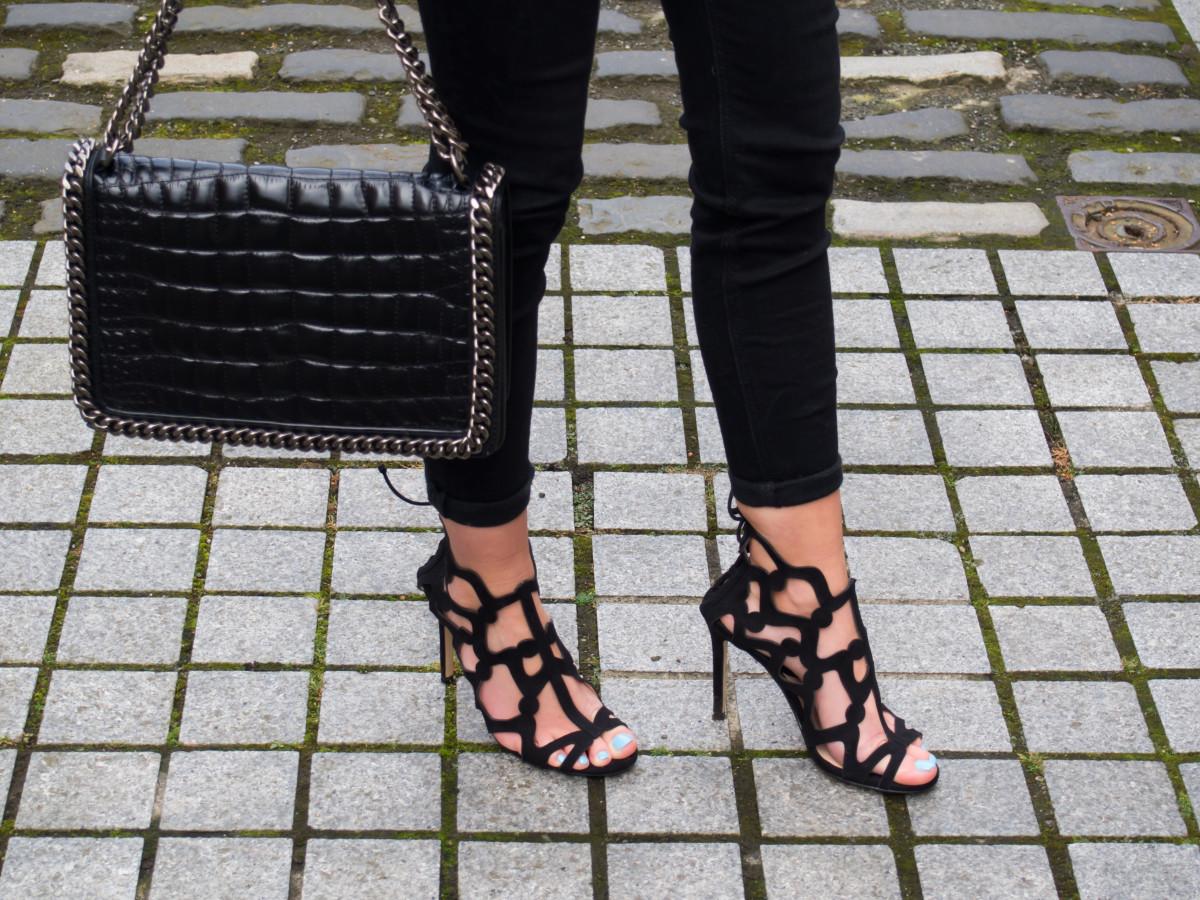 Petite-Paulina---Knot-Top---Mango-Shoes-14
