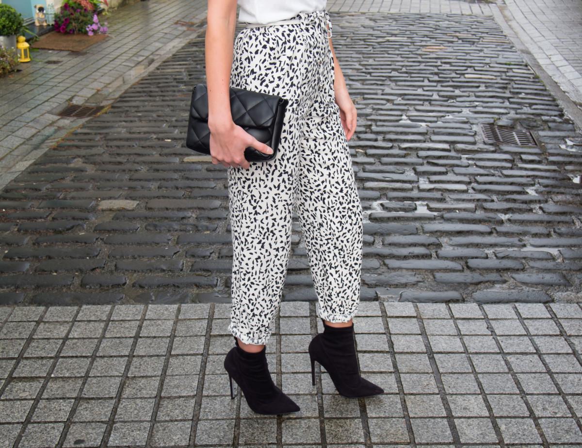 Petite-Paulina---Zara-Black-&-White-Trousers-34