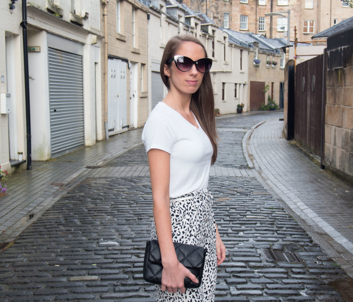 Petite-Paulina---Zara-Black-&-White-Trousers-38