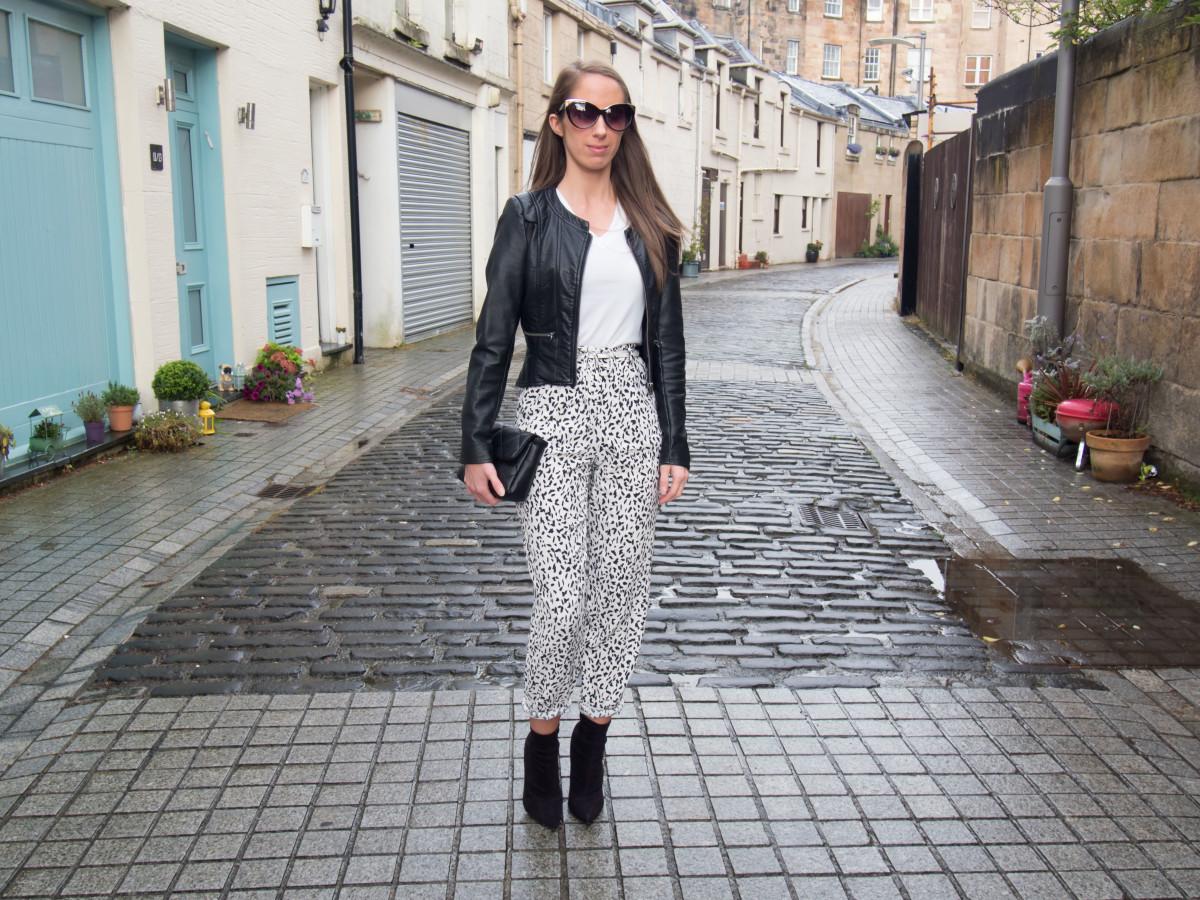 Petite-Paulina---Zara-Black-&-White-Trousers-47