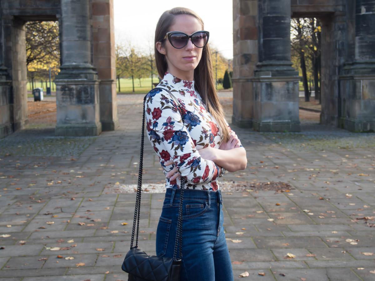 petite-paulina-forever-21-floral-bodysuit-11