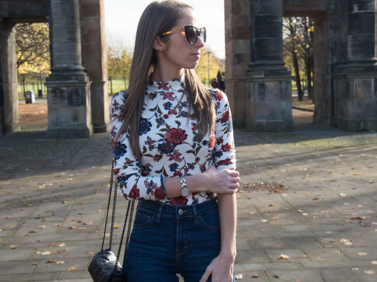 petite-paulina-forever-21-floral-bodysuit-25