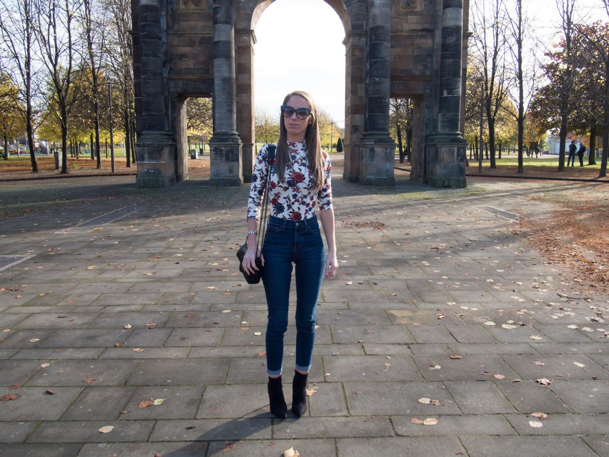 petite-paulina-forever-21-floral-bodysuit-33