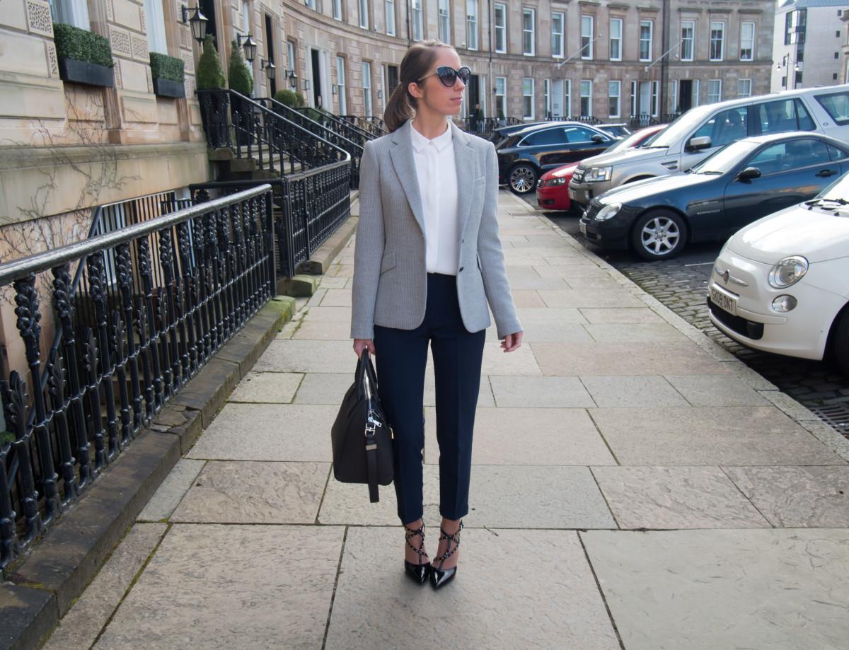petite-paulina-workwear-outfit-60
