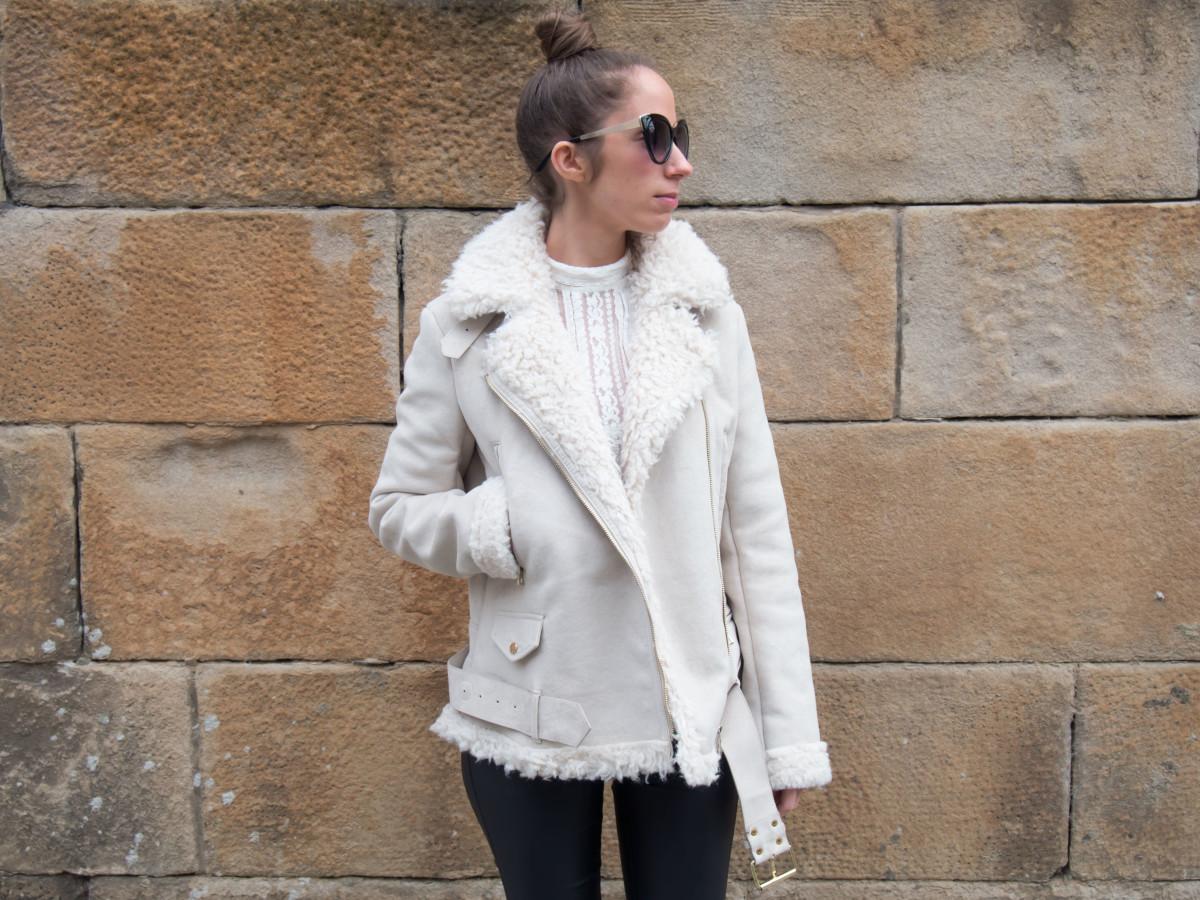 petite-paulina-zara-shearling-coat-11