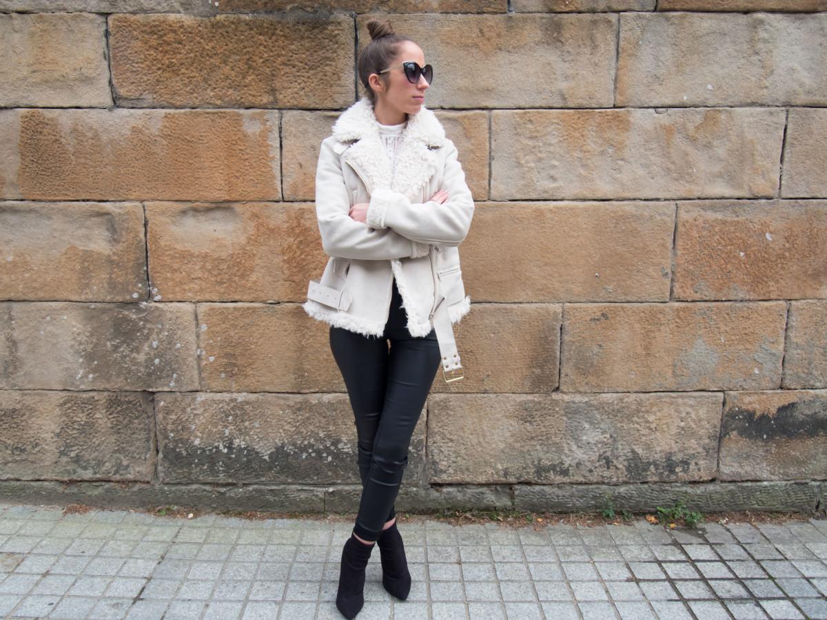 petite-paulina-zara-shearling-coat-16