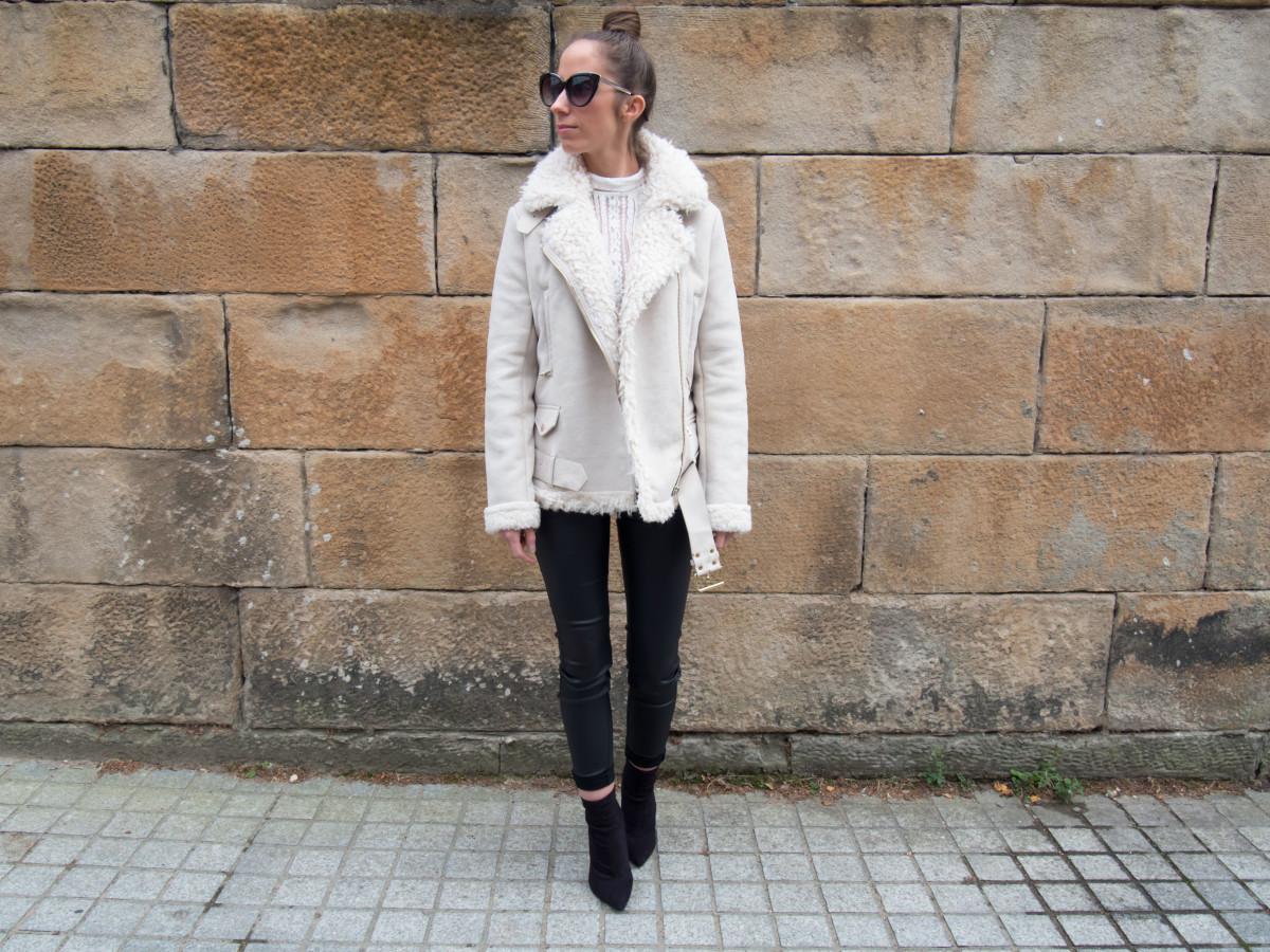petite-paulina-zara-shearling-coat-17