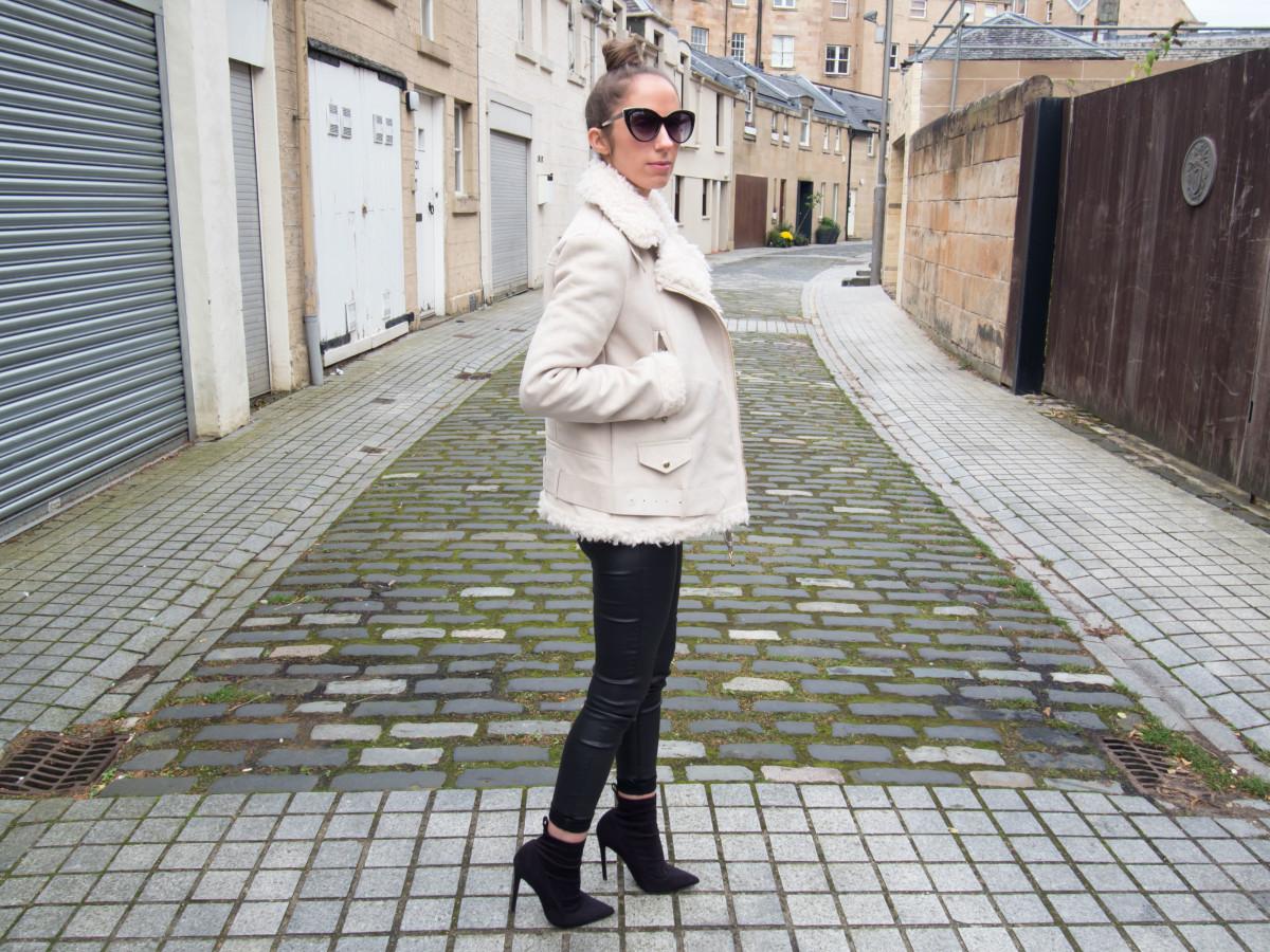petite-paulina-zara-shearling-coat-29
